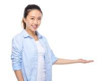 puści ręki seans znaka kobiety potomstwa Obraz Stock