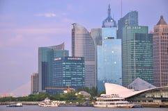 Pu-Dong van Shanghai stadsmening, naast rivier huang-Pu Stock Foto