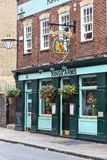 Pub в Лондоне стоковое изображение rf