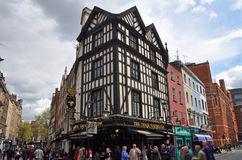 Pub anglais populaire dans le West End de Londres Photo stock