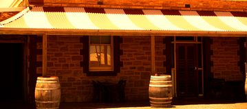 Pub de Parachilna Photos stock