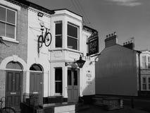 Pub di armi di Salisbury a Cambridge in bianco e nero immagine stock