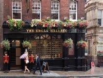 Pub di Londra un giorno piovoso Fotografia Stock Libera da Diritti