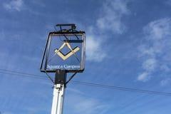 Pub famoso del cuadrado y del compás en digno de Matravers, Dorset, unida foto de archivo libre de regalías