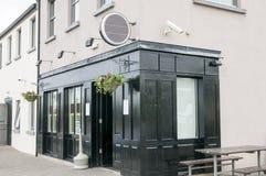 Pub o taberna irlandés fotos de archivo