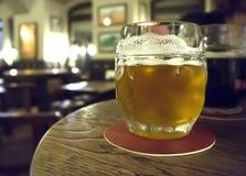 Pub y cerveza Foto de archivo