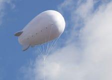 Pubblicità dell'aerostato con spazio libero Fotografia Stock Libera da Diritti