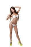 Pubblicità della biancheria intima Posa di modello abbronzata sexy Fotografie Stock Libere da Diritti