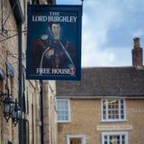 Puben för Lord Burghley i Stamford, England Arkivfoto