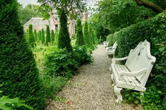 PUBLIC DOMAIN DEDICATION - Pixabay - digionbew 11. 04-07-16 Garden with benches Frankendael LOW  RES DSC04315 Stock Photos