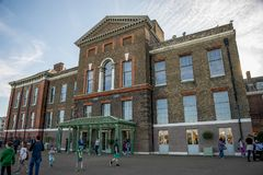 Public front entrance to Kensington Palace with a cafe and a giftshop, London Stock Images