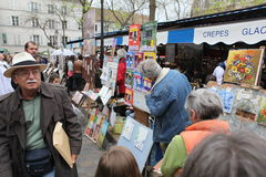 Public painter and buyer on Montmartre Stock Photography