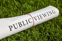 Public viewing newspaper Royalty Free Stock Images