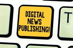 Publicação da notícia de Digitas do texto da escrita da palavra Conceito do negócio para o relatório eletrônico da transmissão da fotografia de stock