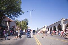 Publicación anual 4ta del desfile de julio en Ojai imágenes de archivo libres de regalías