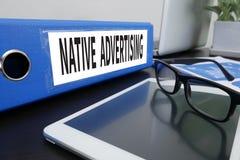 Publicidad nativa Imágenes de archivo libres de regalías