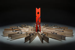 Publicité des pinces à linge en bois Photo stock