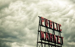 publicmarketsign1 Fotografering för Bildbyråer