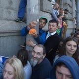 Publikum der Militärparade auf Palast-Quadrat, zeitgesteuert zum 71. Jahrestag des Sieges im Großen patriotischen Krieg Stockfoto