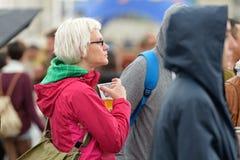 Publikumsuhr ein Konzert an Ton-Festival 2014 Heinekens Primavera Stockbild
