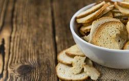 Puces cuites au four fraîches de pain Image libre de droits