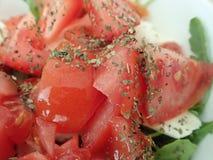 Puchar świeżego warzywa sałatka obraz stock