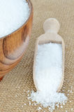 Puchar cukier z drewnianą łyżką Obrazy Stock