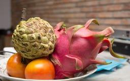 Puchar tropikalne owoc od Mekong delty zdjęcie stock