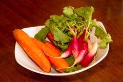 Puchar Świezi Ukradzeni Organicznie warzywa Zdjęcie Stock