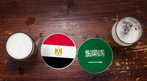 Pucharu Świata 2018 Zapałczany kalendarz, piwo Matuje pojęcie ulotki tło Egipt Vs zgadzam się barwił Arabii obszaru klip elewację fotografia stock