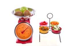 puchary ciąca owocowa kuchnia waży warzywa Zdjęcia Royalty Free