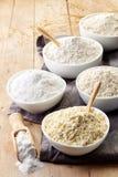 Puchary gluten uwalniają mąkę zdjęcie royalty free