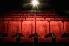 Puści wygodni siedzenia w kinie Obrazy Royalty Free