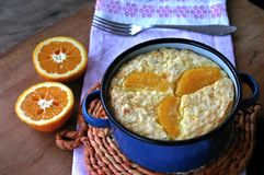 Pudín de arroz cocido con la naranja Foto de archivo libre de regalías