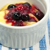 Pudding with Blueberry Royalty Free Stock Images