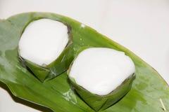 Pudding con la guarnizione della noce di cocco Fotografie Stock