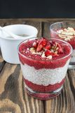 Pudding de Chia sur une table Image stock