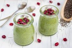 Pudding de graine de Chia avec le thé vert de matcha Images libres de droits