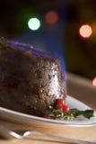 Pudding de Noël avec une eau-de-vie fine Flamb Photos stock