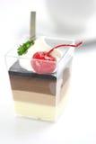 Pudding del Cotta di Panna della ciliegia con caffè fotografia stock libera da diritti