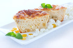 Pudding med keso och russinet Royaltyfri Foto