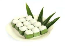 Pudding med kokosnöttoppning Arkivbilder