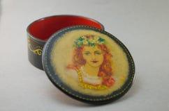 Pudełko Laki miniatura Ręcznie malowany z nafcianymi farbami ilustracji