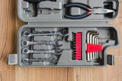 Pudełko set metali pracujący narzędzia Obrazy Royalty Free