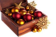 Pudełko z bożych narodzeń baubles Obraz Royalty Free