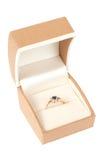 pudełkowaty złoty pierścionek Obrazy Royalty Free