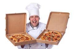 pudełek szef kuchni mienia samiec otwarta pizza dwa Zdjęcia Stock