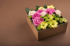 pudełko kwitnie prezent Fotografia Royalty Free