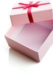 pudełkowatego prezenta otwarte menchie Obrazy Royalty Free