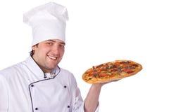 pudełkowatej szef kuchni mienia samiec otwarta pizza Fotografia Royalty Free